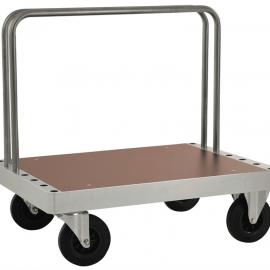 Plattformsvagn med flyttbara byglar